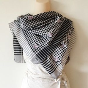 Forenza Plaid Floral Scarf Black White Pink Gray
